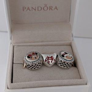 Pandora Disney Christmas Holiday Mickey Minnie